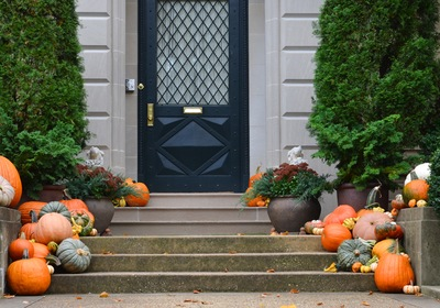 Designing a Front Porch for Fall