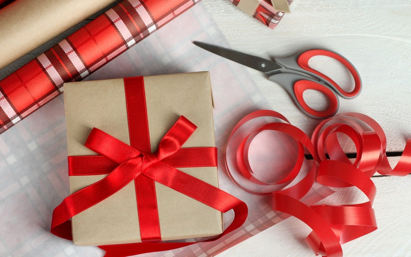 Our Favorite Wrapping Paper Alternatives